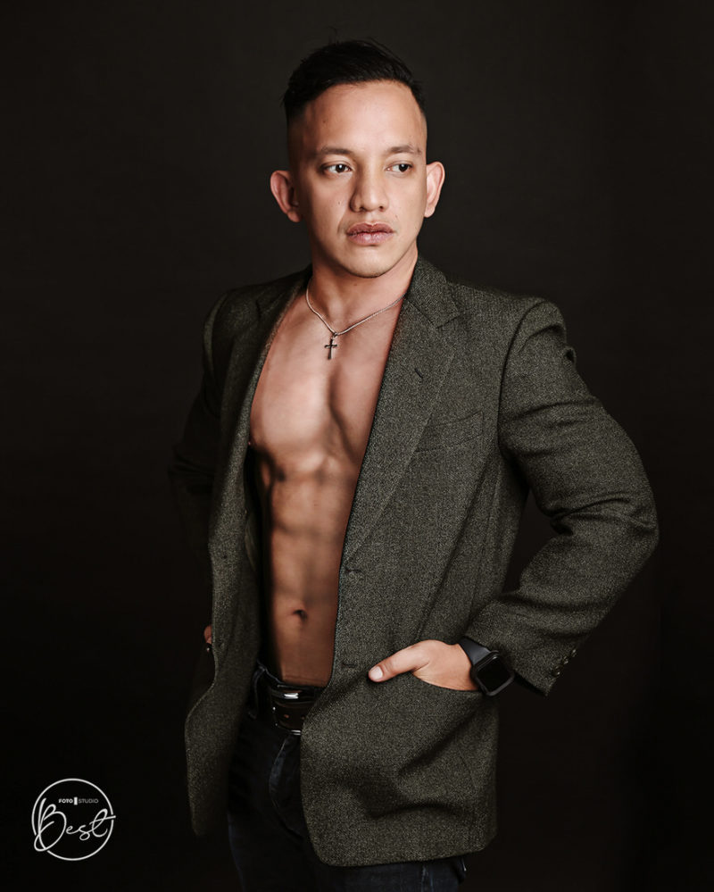 Man photoshoot Professional Profile - BEST FOTO STUDIO - 003
