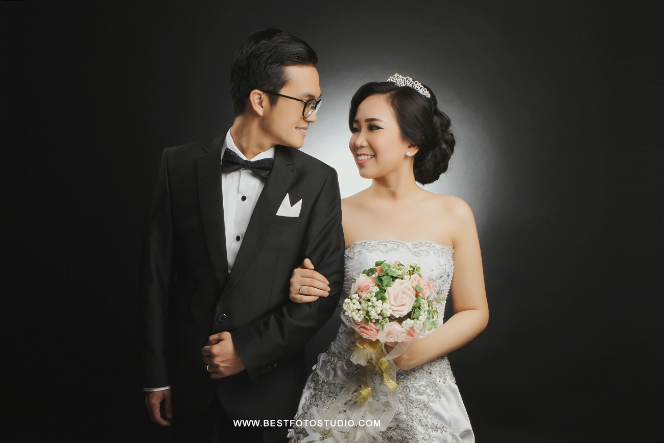 Prewedding Indoor Indra dan Winda 006