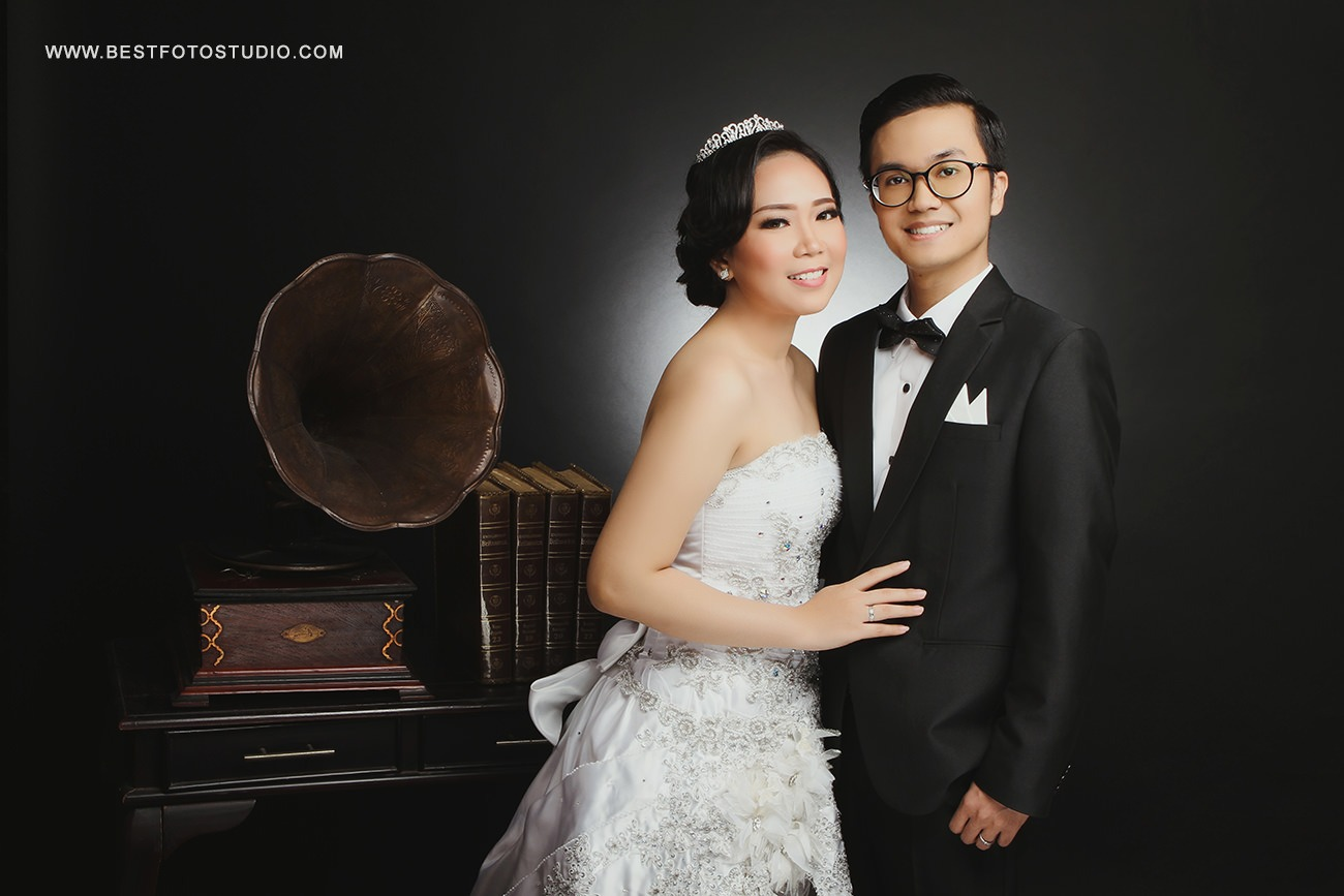 Prewedding Indoor Indra dan Winda 008