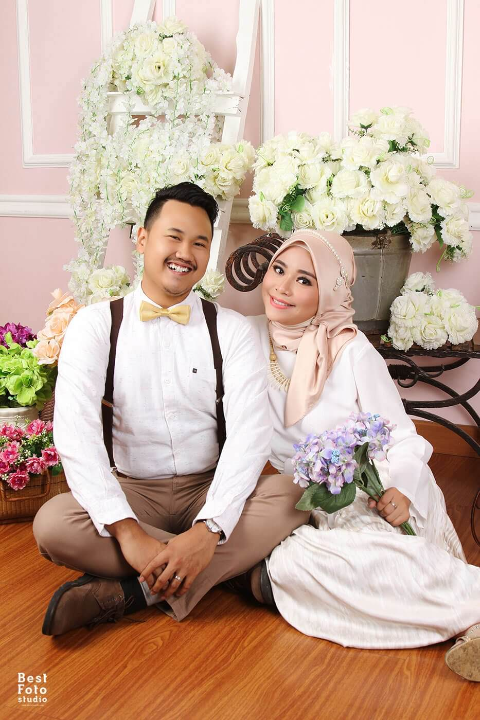 Romantis Indoor Prewedding for Puput and Fadli by BEST FOTO STUDIO 004